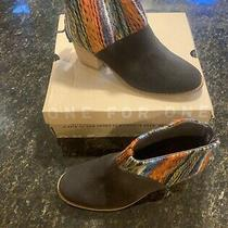 Toms Chocolate Suede Boots Womens Size 9 Photo