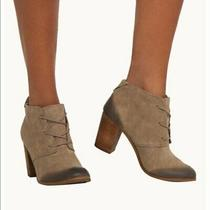 Toms 'Lunata' Burnished Beige Suede Lace-Up Desert Booties W/3