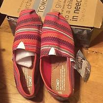 Toms Shoes Photo