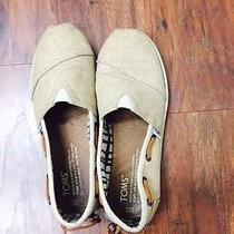 Toms Size Youth 2.5 Tan Gently Worn Photo