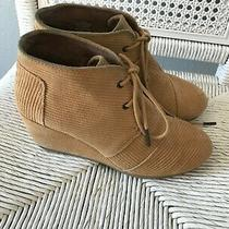 Toms Womens Wedge Booties Ankle Lace Up Corduroy Camel Tan Desert Size 7.5 Photo