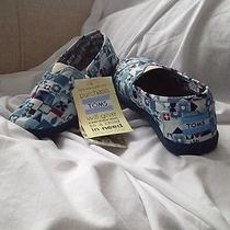 Toms Youth Disney Classic - Youth Size 2.   Photo