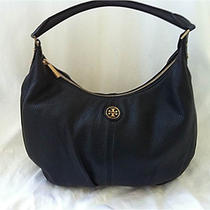 Tory Burch - Dakota Hobo - Black Photo