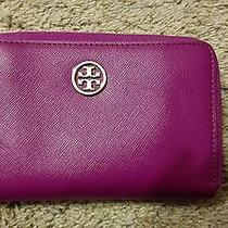 Tory Burch Iphone Holder Wristlet Robinson Purple Saffiano Wallet Clutch Photo