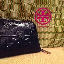 Tory Burch Leather Wallet Photo