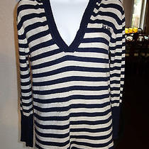 Trendy Bcbg Sweater Great on Leggings Photo
