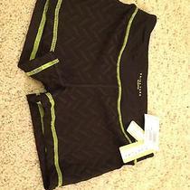 Trina Turk Recreation Shorts Size S in Black 64 Retail Usa Photo