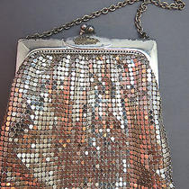True Vintage Whiting Davis Mesh Purse Small Hand Bag Evening Silver Chain Handle Photo
