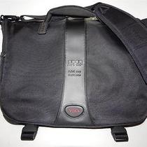 Tumi 506c T2 Vesey Black Nylon Laptop Computer Messenger Shoulder Bag Mint Ln Photo