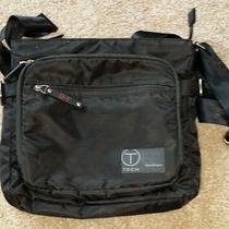 Tumi T-Tech Icon 'King' Messenger Bag - Black Photo