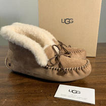 Ugg Alena Woman Sheepskin Suede Slipper (See Description) 1004806 Sz 6 Chestnut Photo