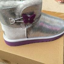 Ugg Australia Girl's Mini Bailey Button Silver Boots 4 Youth - New in Box Photo