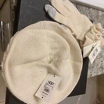 Ugg Australia Hat and Gloves Gift Set Cream  Photo