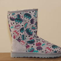 Ugg Australia Kids Classic Graffiti Boots Short   Size 2 Nib Photo