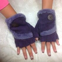 Ugg Australia Mini Bailey Button Fingerless Purple Gloves Size L Photo