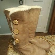 Ugg Australia Womens Brown Bailey 3-Button Sheepskin Boots Sz 8 S/n 1873  Photo