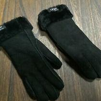 Ugg Australia Womens Winter Gloves-Size Large-Gently Used Color Black Photo