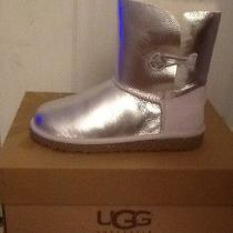 Ugg Bailey Button Metallic Photo