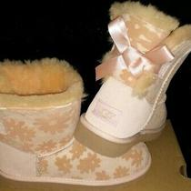 Ugg Boots Mini Bailey Bow Flowers  Kids  Size 3 Peach/pink Color  Photo