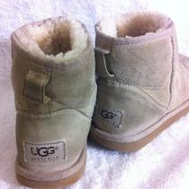 Ugg Boots Sz 5 Ladies Classic Mini  Short Ankle  Light Beige Sheepskin Photo