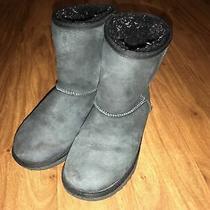 Ugg Classic Ii Suede Sheepskin Boots Big Kids Size 4. Photo
