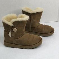 Ugg Girls Bailey Button Boots Suede Leather Sheepskin Lining Size 2 Photo