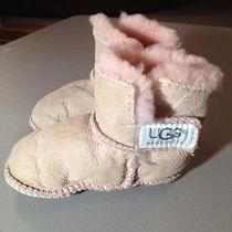 Ugg Infant Girl's Booties Classic Velcro Pale Pink Size Medium Free Shipping Photo