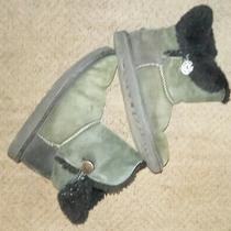 Ugg Kids K Bailey Button Boots Black Youth Size 4 Used  Photo