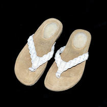 Ugg Kids Mckenzey Sandals  Flip Flops  Size 13  White  Brand New  Photo