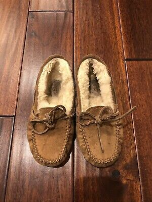 UGG Kids Tan Suede Slippers Moccasins Dakota Size 13 Shearling Lined Photo