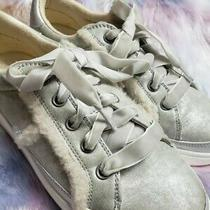 Ugg Metallic Gold Lace Up Shoes Sneakers Youth Girls Kids Size 4.  Photo