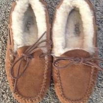 Ugg Moccasins Childs Size 2 Photo