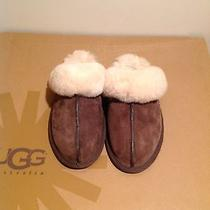 Ugg Scuffette Women Slippers Chocolate Size 6 Photo