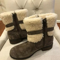 Ugg Shorts Boots - Brown With Exposed Fur - Side Zipper - Size 10 Photo