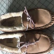 Ugg Slippers Photo