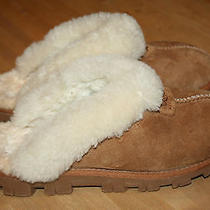 Ugg Slippers Womens Size 8. Nice Photo