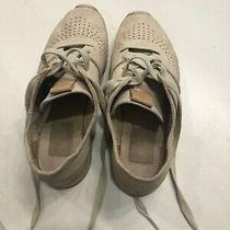 Ugg Treadlite Tan/pink Women's Sneakers Size 7.5 in Good Condition Photo