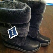 Ugg Winter Snow Boots Size 7 Woman's   Photo