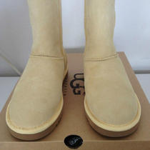  Ugg Women's Classic Short Yellow Size 7 (Style 5825) New W Tags in Box Photo