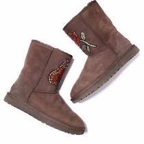 Ugg Women's Size 10 Classic Short Ii Brown Sheepskin Beaded Mid-Calf Boot  Photo
