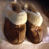 Ugg Womens  Slippers  Size 5 Photo