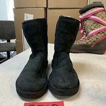 Ugg Womens Suede Black Classic Short Boots S/n 5825 Size Us 7 Photo