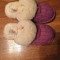 Uggs Austraila Slippers Slip on Cozy Cable Knit Pink Youth Size 2m Us in Euc Photo