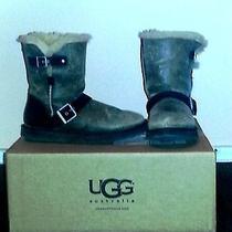 Uggs Size 7 Photo