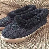 Uggs Women's Ankle Boot Slippers Size 6  Photo