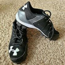 Under Armour  Black Baseball Cleats. Boys Size 6y. Excellent Condition Photo