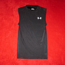 Under Armour Small Heat Gear Fitted Black Top Photo