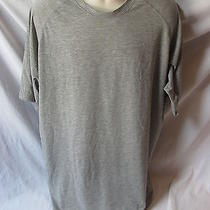 Under Armour Xlarge Gray Heat Gear T Shirt Item 11a Photo