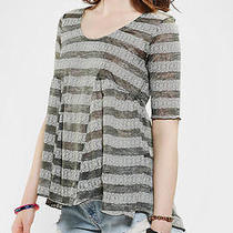 Urban Outfitters Tela Burnout Lace Babydoll Tee Grey Xs Photo