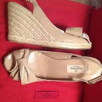 Valentino Garavani Nude Bow Patent Leather4' High Heel Wedges Platforms Italy 38 Photo